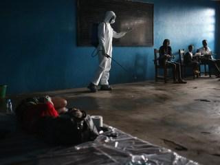 Photographer Goes Inside Liberia's Ebola Ravaged Slums