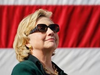 Hillary Clinton Tells Iowa: 'I'm Baa-aack!'