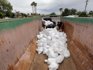 Arizona Floods Feared as Odile Winds Down Over Southwest