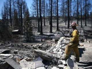 California Wildfire Ravages Small Town of Weed