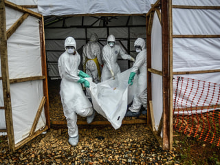 Ebola Burial Team Attacked in Sierra Leone Amid 3-Day Lockdown