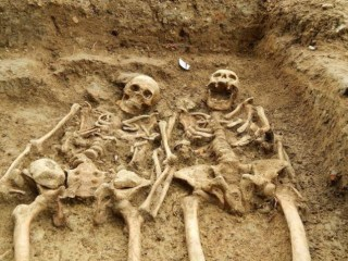 700 Years of Togetherness: Skeletons Still Holding Hands
