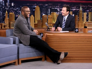 Jimmy Fallon and Tyler Perry Race Jumpi
