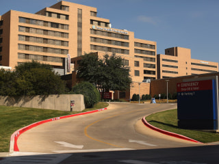 'We're a Family': Nurses at Texas Ebola Hospital Break Silence