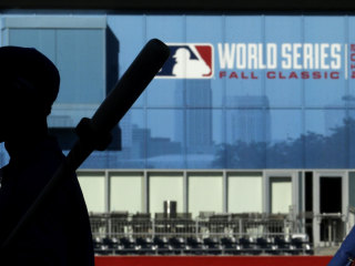 KC Royals Beating SF Giants ... on Ticket Prices