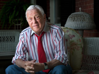 Legendary Washington Post Editor Ben Bradlee, of Watergate Fame, Dies