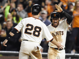 Giants Rout Royals 11-4, Tie World Series 2-2