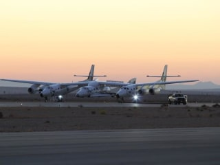 Watch Live: Officials Discuss Virgin Galactic's SpaceShipTwo Crash