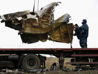 Pieces of MH17 Crash Removed From Scene in Ukraine