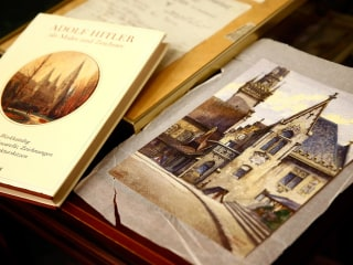 Adolf Hitler Watercolor Fetches $161,000 at Auction in Nuremberg