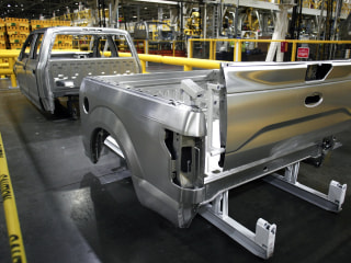 Ford Boosts Fuel Economy for New Aluminum F-150 by Up to 29%