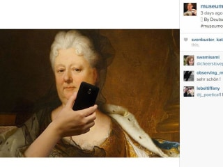 #MuseumofSelfies Trend Has Famous Artwork Taking Selfies