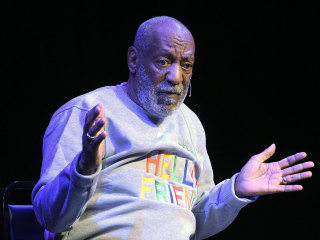 Bill Cosby Gets Standing Ovation at Florida Theater