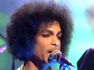 Artist Formerly Online as Prince Quits Facebook, Twitter