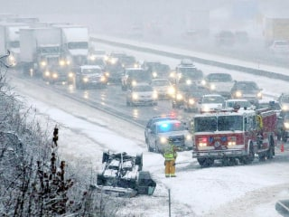 Nor'easter Nightmare: Thanksgiving Travel is Chaos for East Coast