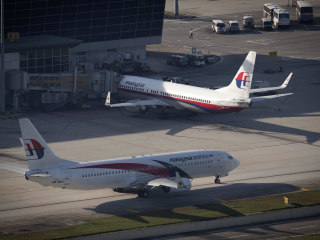 Malaysia Airlines Apologizes for 'Want to go Somewhere' Tweet