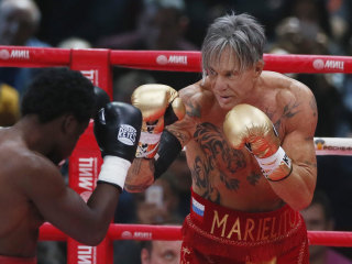 'Wrestler' Actor Mickey Rourke Wins Exhibition Boxing Match in Moscow