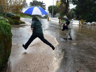 Heavy Rains Due to Hit California Again, Threatening Floods and Mudslides