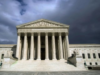 Supreme Court to Hear Case on Drawing Voting Districts