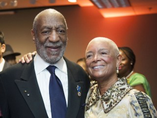 Bill Cosby's Wife, Camille Cosby, Defends Comedian in Unsealed Deposition