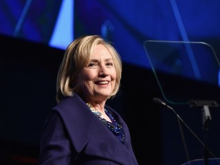 Poll: Hillary Clinton the Early 2016 Frontrunner, But Barely