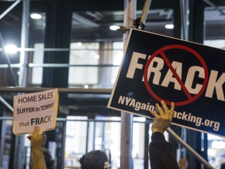 New York State Moves to Ban Fracking, Citing Health Issues
