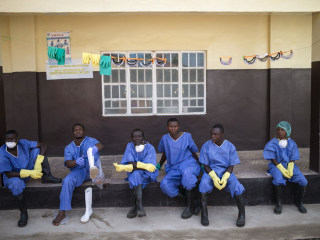 U.S. Boosts New Ebola Drug