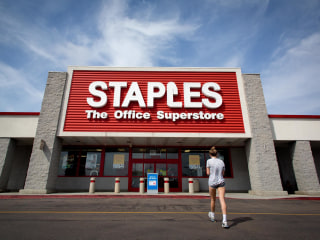 Staples Data B