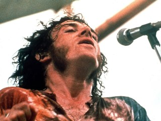 Joe Cocker, Raspy-Voiced Rocker, Dies of Lung Cancer at 70
