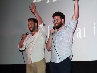 Screening Surprise: 'The Interview' Star Seth Rogen Thanks Moviegoers