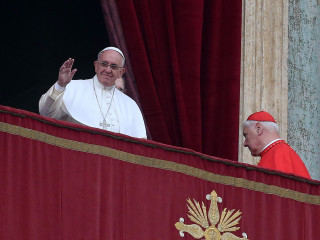 Pope Francis' Christmas Message Condemns ISIS' 'Brutal Persecution'