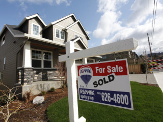 Average Long-Term Mortgage Rates Edge Higher After Fed Rate Hike
