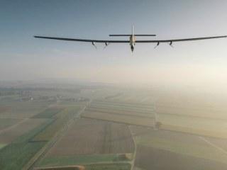 Solar Impulse Plane Prepares for Flight from Hawaii to California