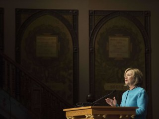 For Democrats, Doubts Remain About Clinton on Both Policy and Politics