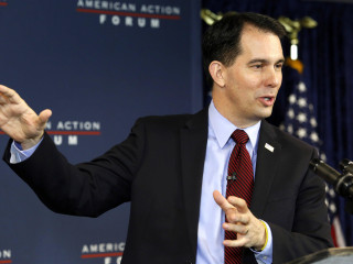 In DC, Walker Running as The Outsider