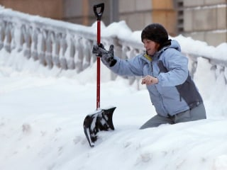 Northeast Braces for Up to a Foot of Snow as New System Targets Millions