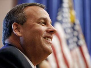 New Jersey Governor Chris Christie Heads to London