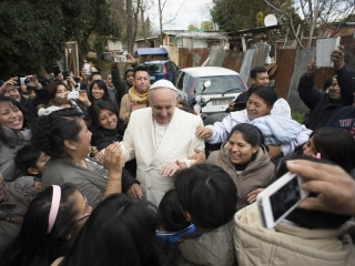Pope Francis Makes Surprise Visit to Shantytown on Outskirts of Rome