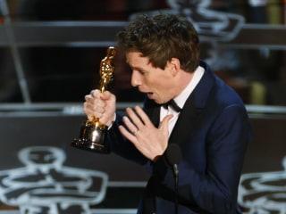 Stephen Hawking Hails Eddie Redmayne's Oscar Triumph 'for Playing Me'