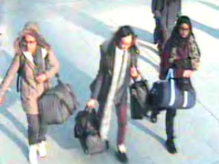 ISIS Girls: Video Reportedly Shows 3 British Teens Believed to Have Crossed Into Syria