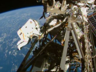 NASA's 'Cable Guys' Make Spacewalk at ISS Look Easy