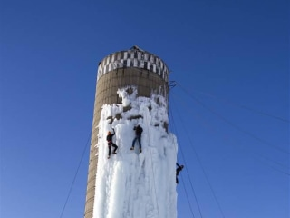 Ice Climbers Ascend Iowa Silos' Challenging, Man-Made Frozen Walls