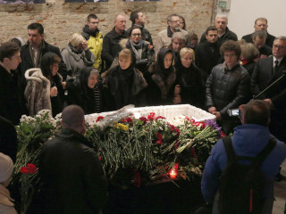 Boris Nemtsov Murder: U.S. Envoy Joins Hundreds at Moscow Memorial