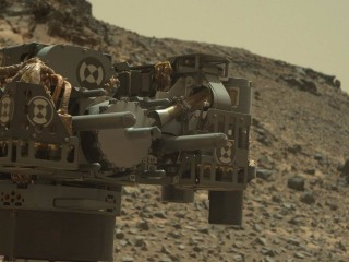 NASA Says Mars Rover Curiosity Temporarily Idled by Short Circuit