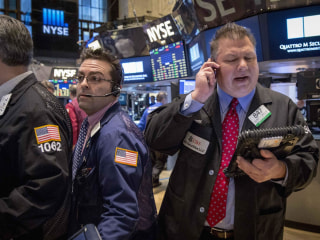 Stocks Tumble Amid Worries About Rising Interest Rates