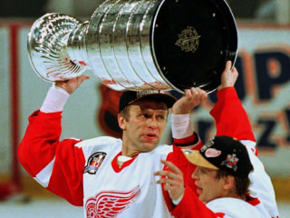Back in the USSR? One of Hockey's All-Time Greats Is a Putin Apologist