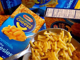 11 Simple Ways to Make Boxed Mac and Cheese Even Better