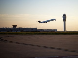 Airlines Improve On-Time Performance, But Complaints Climb Sharply