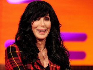 Cher Donates Thousands of Bottles of Water to Aid Flint Crisis