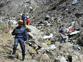 Germanwings Crash: 80 Percent of Wreckage Recovered from Alps